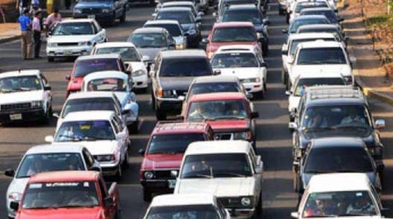 Hoy inicia cobro de matrícula vehicular a nivel nacional