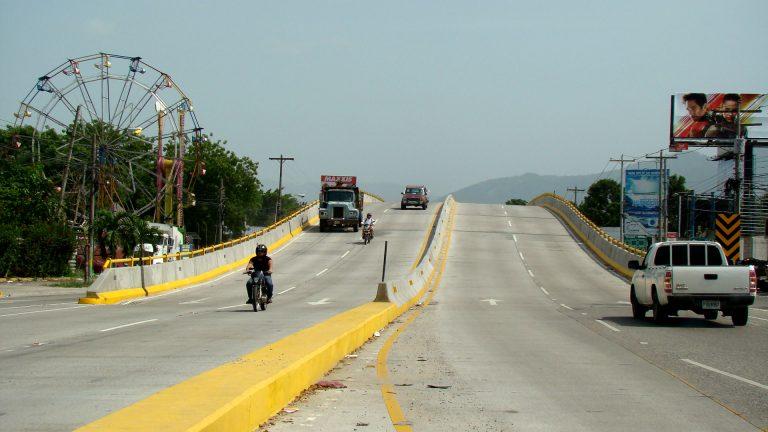 Lps. 94,5 millones costó el puente en la intersección de la primera calle de SPS