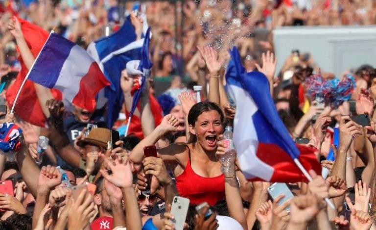 Mujer denuncia abuso sexual durante la final Francia-Croacia