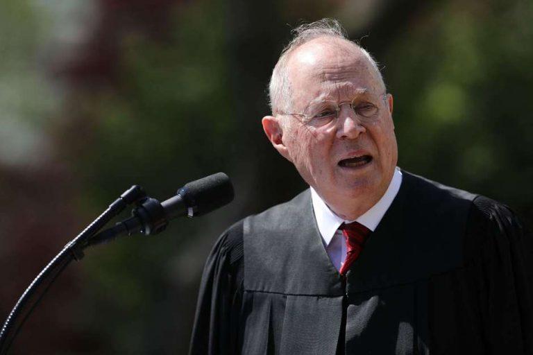 Editorial: Salida del juez Kennedy  de la Corte Suprema rompe el equilibrio en EE.UU.