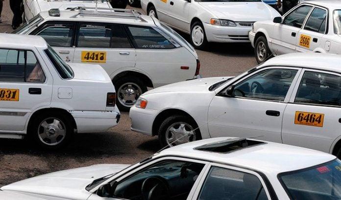 Tegucigalpa: Taxistas se van a paro de labores mañana viernes