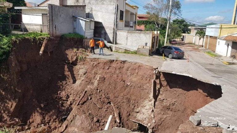Residentes de Puerta del Sol con el alma en vilo por crecimiento de cráter