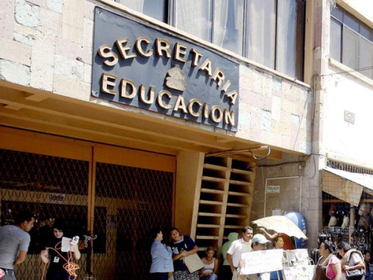 Educación y Gobernación suspenden labores tras paro del transporte