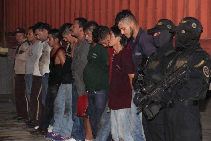 A la cárcel los 12 señalados de descargar mercancía en la 33 calle de SPS
