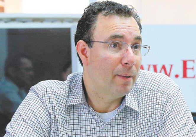 Trasciende manual con supuesta estrategia de Luis Zelaya contra Elvin Santos y «Mel»