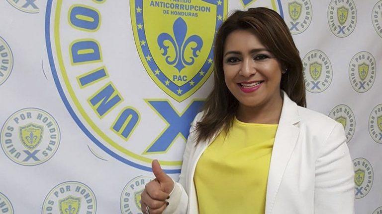 """Marlene Alvarenga: """"No soy homofóbica, soy una mujer de mente abierta"""""""