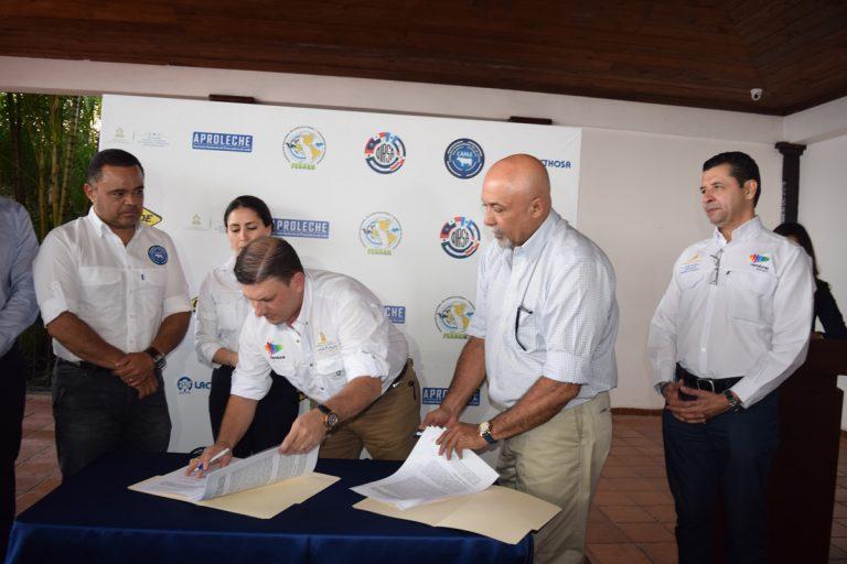 Garantizarán sanidad de hatos bovinos en Honduras; contratarán 24 técnicos y médicos veterinarios
