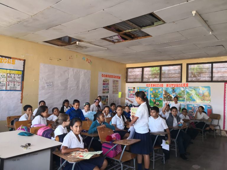 En el limbo más de 200 niños de Escuela República de Nicaragua