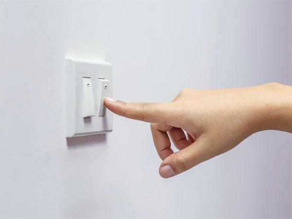 Ante aumentos de la EEH, te recomendamos cómo ahorrar energía en casa