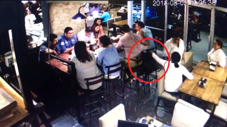 VÍDEO: captan a tres mujeres hurtando un bolso en Welchez Café, SPS