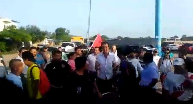 VÍDEO: Nasralla es abucheado por simpatizantes de LIBRE en Choluteca