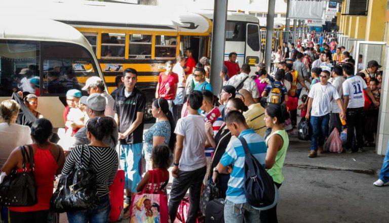 Feriado Morazánico: desde hoy sampedranos se movilizan a diferentes sectores del país