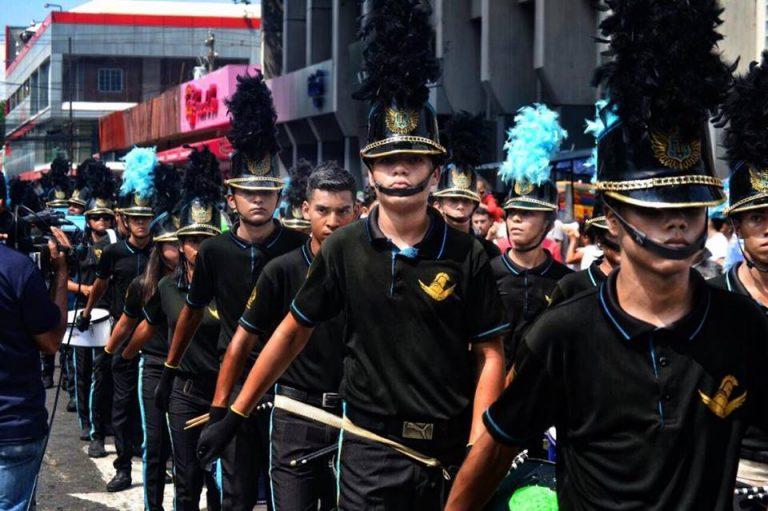 Banda del JTR: ¿Por qué no vistieron su traje de gala durante el desfile?