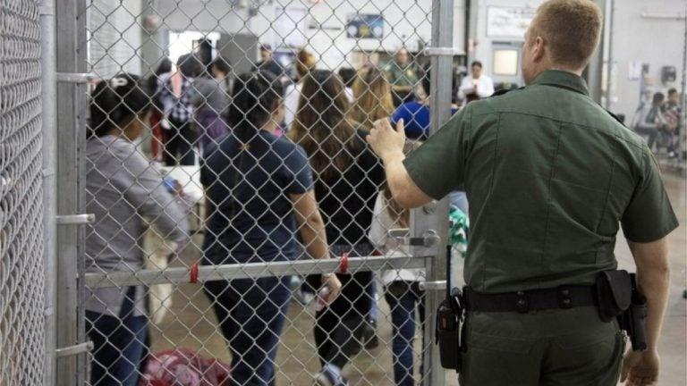 Donald Trump quiere mantener más tiempo presos a niños inmigrantes