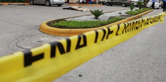 SPS: expolicía sale de restaurante, recibe una llamada y lo asesinan