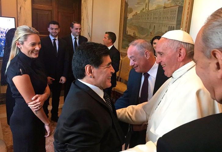 Las icónicas anécdotas de Maradona: ¿Qué le dijo al Papa en el Vaticano?