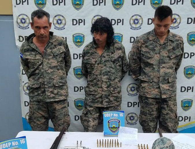 Con indumentaria militar capturan a «Los Tenientes» en Santa Bárbara