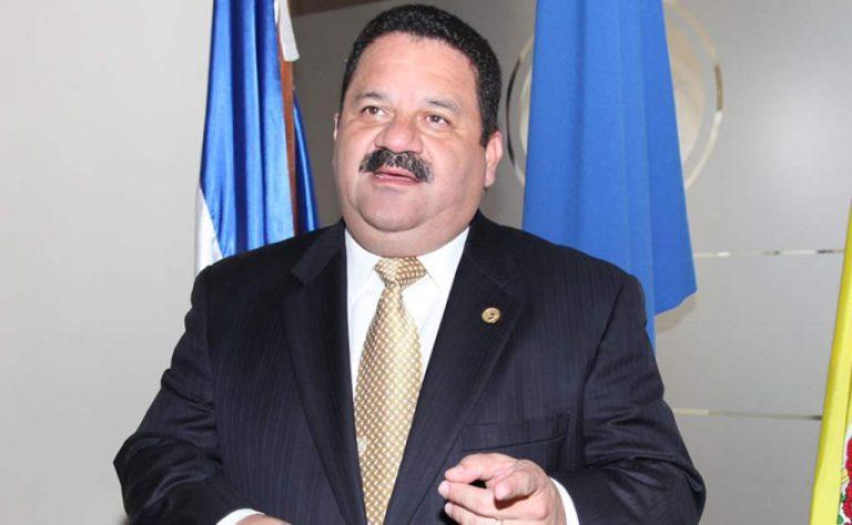 """Director de la CCIT: """"Medidas económicas anunciadas por Gobierno no son sostenibles"""""""