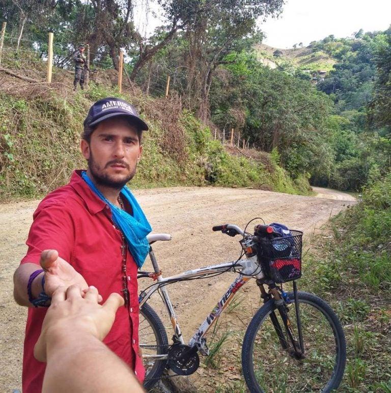 El uruguayo Tabaré Alonso confiesa su amor por una hondureña, ¿se quedará o seguirá su sueño?