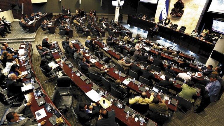 Entra en vigencia el decreto de amnistías tras ser publicado en La Gaceta