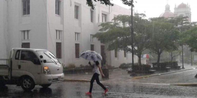 CLIMA DE HOY: lluvias y chubascos leves en la región insular y norte del país