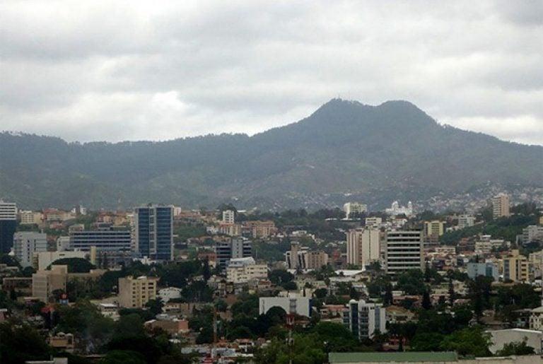 CLIMA DE HOY: persisten condiciones estables y secas en la mayor parte del país