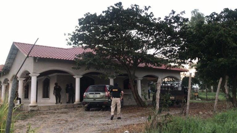 """Operación """"Barracuda"""" persigue a """"Los Grillos"""", supuestos autores de masacre en 2013"""