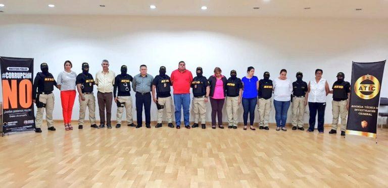 Tegucigalpa: condenan a exfuncionarios de Salud por entregar contratos-becas de forma irregular