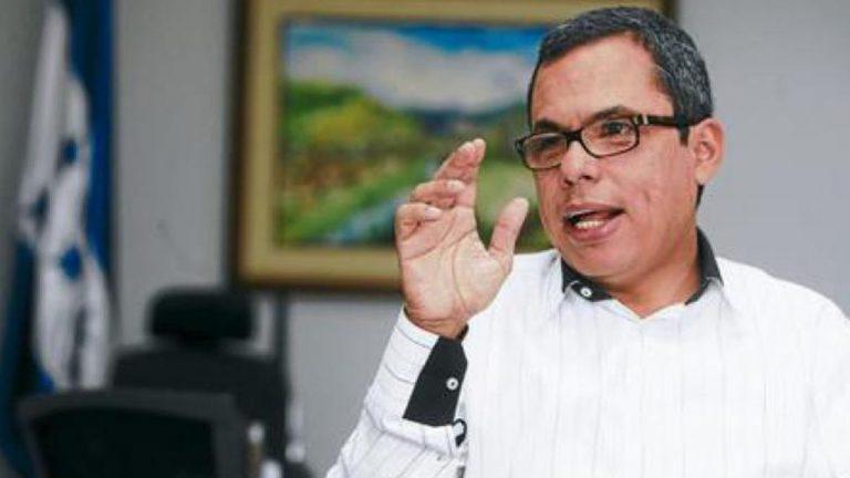 """Julio Raudales: """"con fondos propios del Gobierno es complicado que se realicen proyectos"""""""