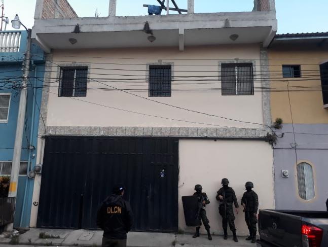 """Operación """"Alquimia"""": allanan residencias de fabricantes de droga sintética"""