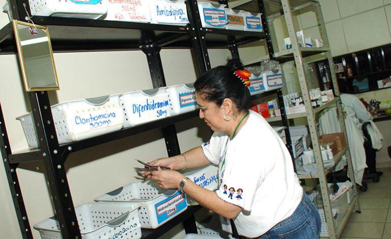Comisión de Salud confirma excesiva compra de medicamentos en hospitales