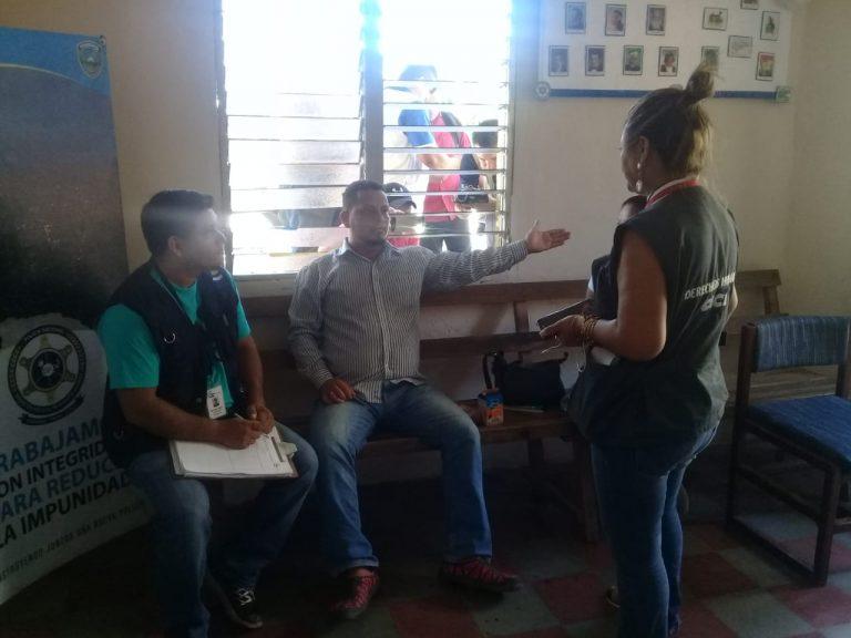 Periodista detenido es acusado por el delito de daños en contra de EEH