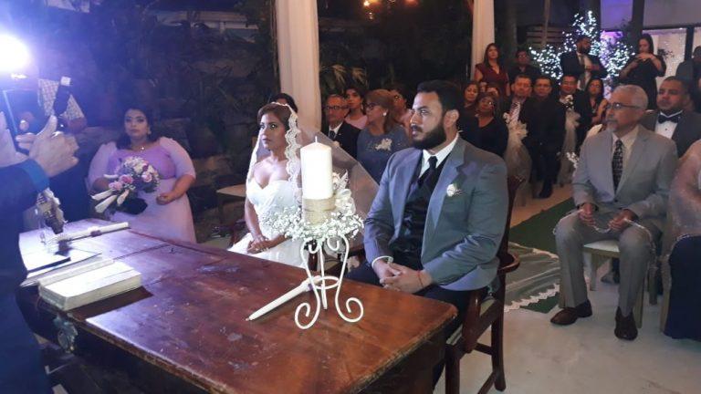Periodista Suly Calix puso fin a su soltería con espectacular boda reliogiosa