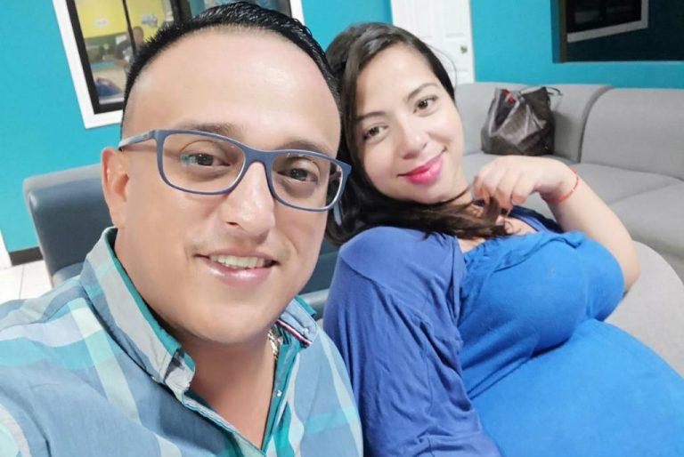 VÍDEO: el diputado José Villanueva y su esposa reciben a su segundo hijo