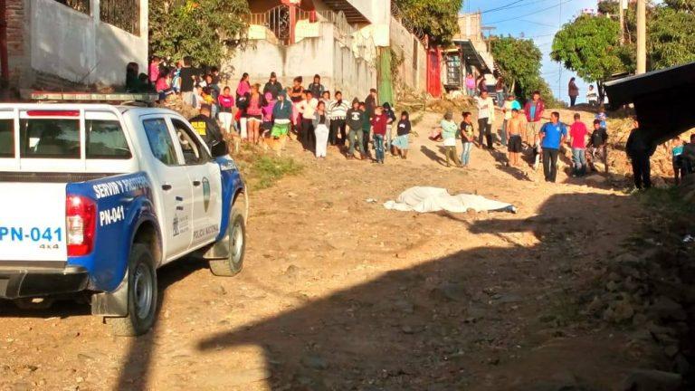 Sicarios matan a balazos a dos jóvenes en la colonia Nueva España