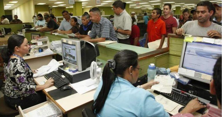 Gobierno concederá asueto a empleados del Poder Ejecutivo el 24 y 31