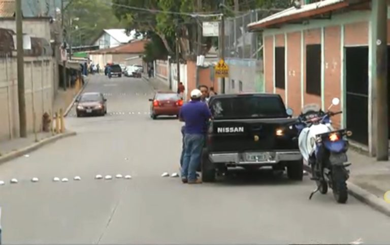 Por extorsión: segundo día paralizado el transporte en colonia Las Torres