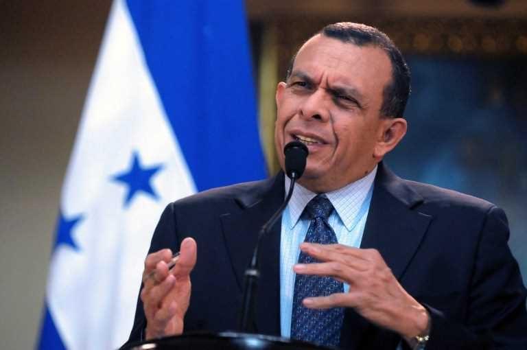 Porfirio Lobo Sosa: Fernando Suárez es un «testigo preparado»