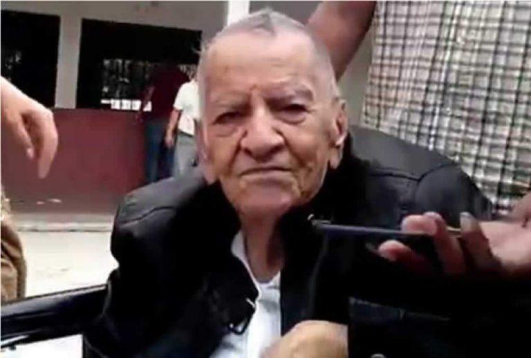 Paceños dan último adiós al expresidente liberal Roberto Suazo Córdova
