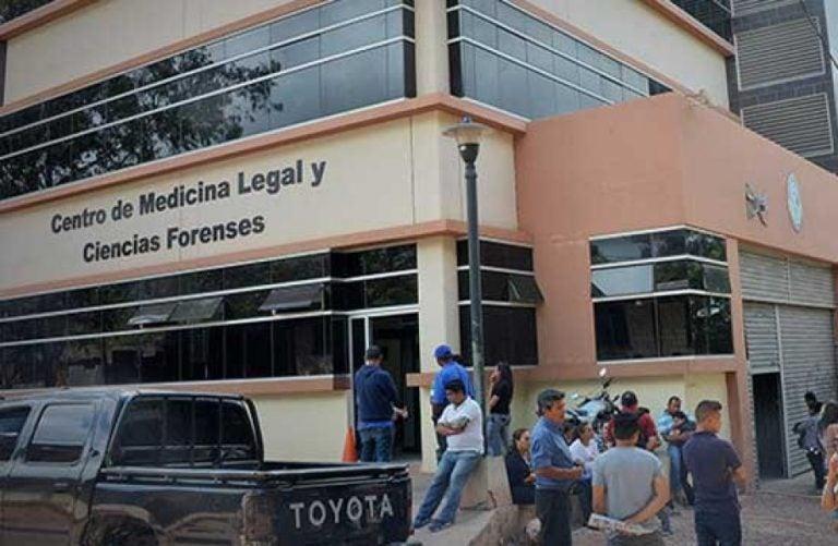 Ingresa a la morgue capitalina: veinteañero muere en accidente cuando iba a su casa