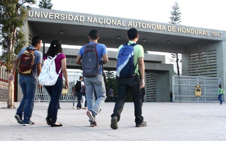 Se reanudan las clases en la UNAH luego de tres días de tomas