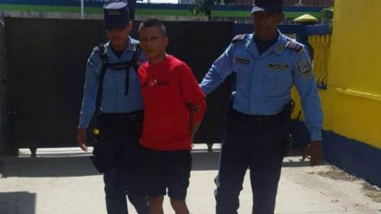 Cortés: envían a la cárcel a acusado de golpear salvajemente a su abuela
