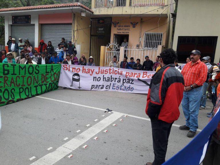COPINH se toma frontera entre Honduras y Guatemala en Copán