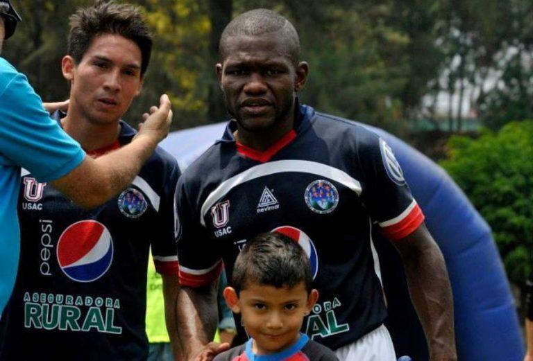 «Tyson» Núñez jugará gratis en Guatemala a sus 46 años