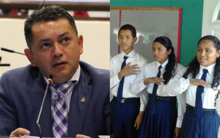 Diputado pide eliminar examen del Himno Nacional de Honduras de centros educativos