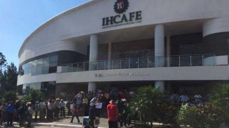 Productores de café dan ultimátum al IHCAFE para resolver demandas