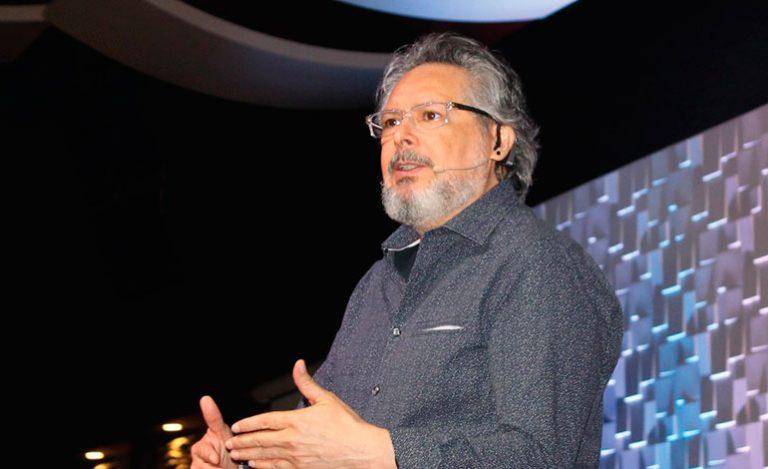 Pastor René Peñalba: La iglesia debe de mantenerse apolítica