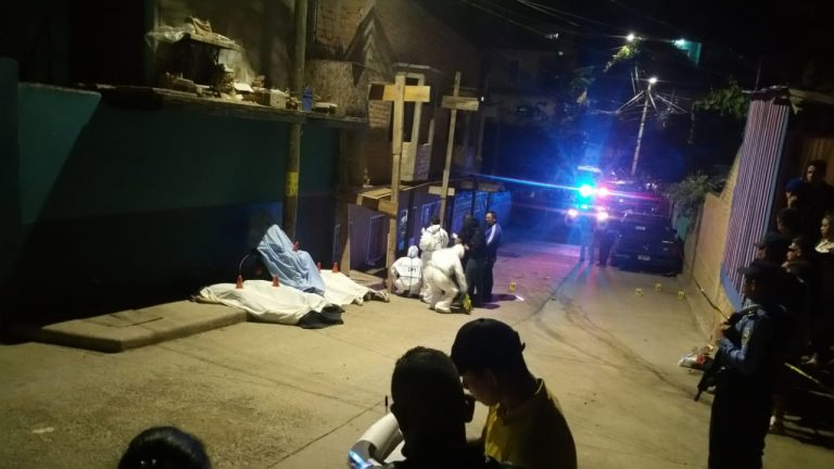 Policía identifica a dos involucrados en la masacre en colonia Villanueva