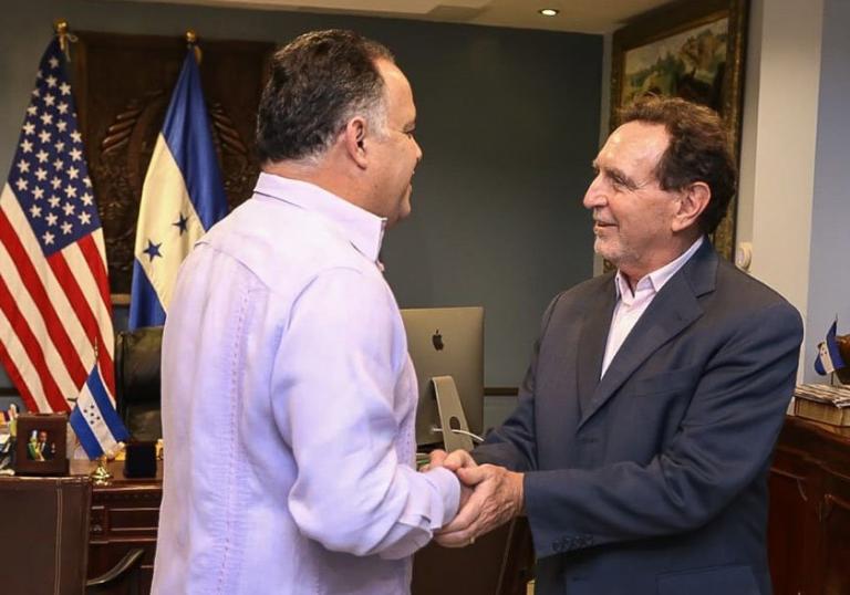 Lawrence Gumbiner alaba gestión de municipalidad de SPS con proyecto «Ciudad Inteligente»