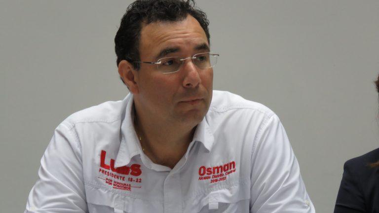 Se filtra polémica foto de Luis Zelaya en aniversario del Partido Liberal